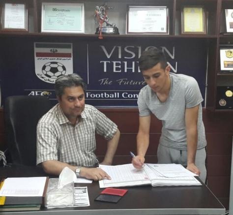 ثبت قرارداد 2 بازیکن پرسپولیس در هیات فوتبال تهران