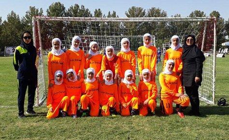 فستیوال فوتبال دختران با حضور دختران تهرانی در کرج برگزار شد