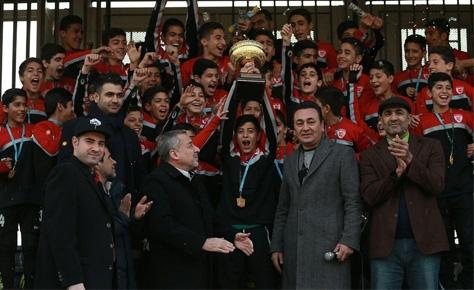 مراسم اهدا جام لیگ برتر نونهالان برگزار شد