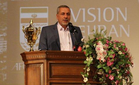 دکتر شیرازی: پلمب مدارس فوتبال غیرمجاز کار بزرگی در کشور بود